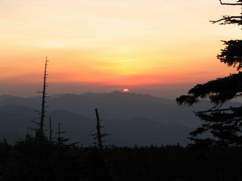 初夏の日の出   6月27日黎明 撮影