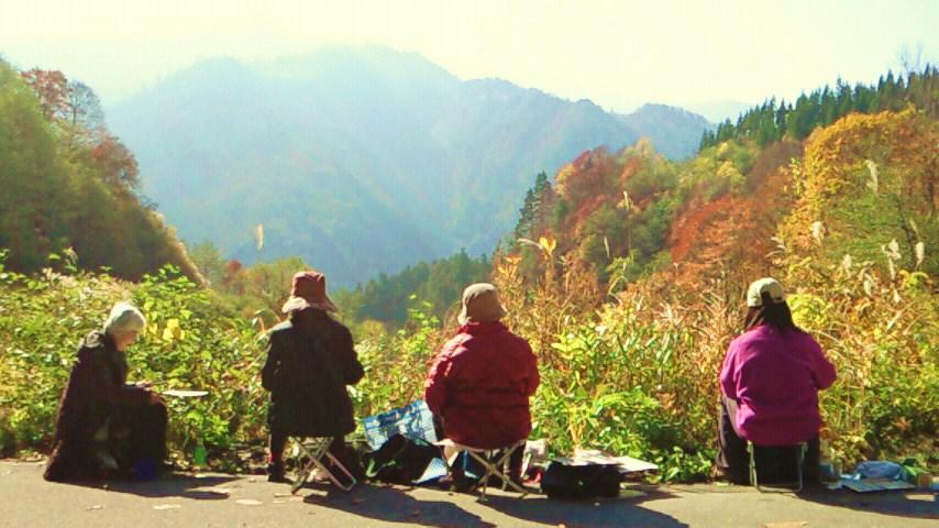 奥志賀渓谷の秋を描く   10月28日撮影
