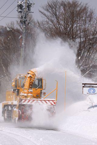 除雪も真冬バージョン    3月30日撮影