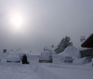 雪の朝日        1月14日撮影
