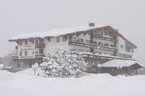 「冬の旅籠」は雪の中