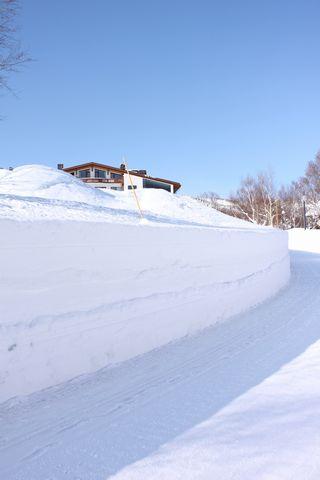 雪壁は2mほど