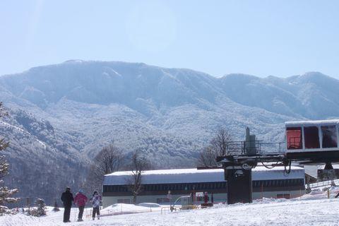 春っぽい山・・・寒いけど