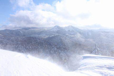地吹雪もダイナミック
