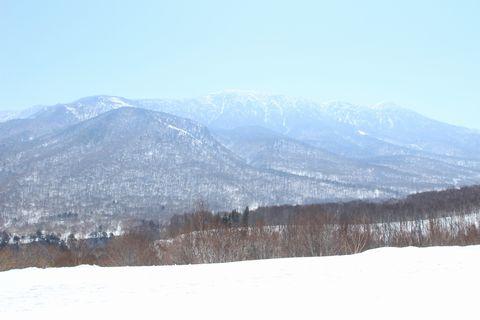 岩菅山 ~ ほほえんでいるような・・・  3月30日撮影
